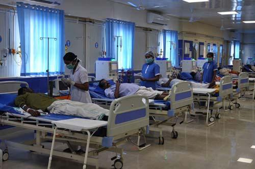 Lakeshore Hospital & Research Centre Doctors list