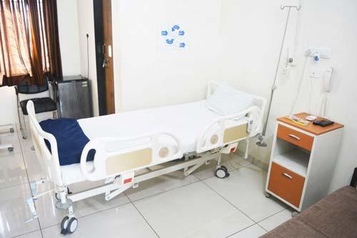 Vachhani Hospital, Nursing Homes Gandhinagar Reviews