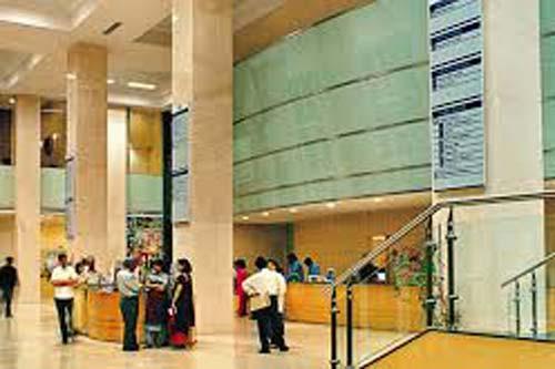 Hiranandani Hospital in Mumbai book appointment