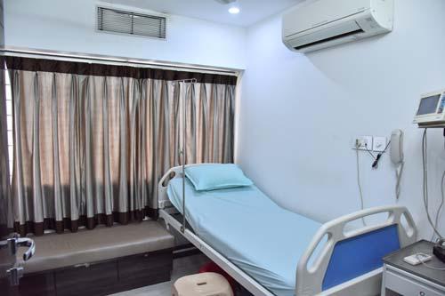 Mandhaniya Cancer Hospital in Nagpur Doctors