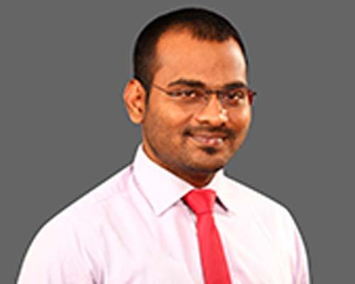 Dr. S. Karthick in Thanjavur